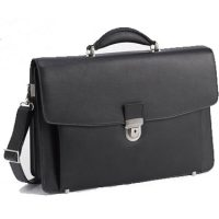 Kenneth Cole Manhattan 17in Flapover Portfolio Black